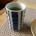 だるま寿し - 後から出てきたお茶