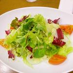 ポムの樹 - たっぷり野菜のグリーンサラダ