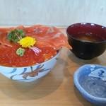 おいちゃん - 海の親子丼 北海道産のイクラをふんだんに使用しております。 昼限定メニュー