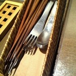 20738977 - おしゃれなカトラリー♪   最近のイタリアンは、お箸で食せるから、いいですね!