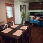 イタリアンな和食 大黒食導 - 4人掛けテーブル席