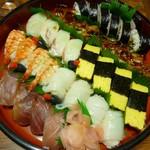 仕出しと味の贈答品 山吹 - 寿司(並) 4人前