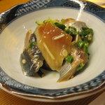 いな多 - つき出し、新秋刀魚の和え物
