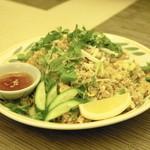 タイ国料理 チャイタレー - 2013.8 カオパット(890円)タイチャーハン