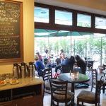 Urth Caffé - L.A.の開放的な空気感そのまま♪2