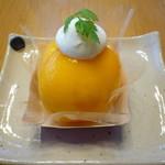 20753808 - 黄金桃のまるごと桃 小 300円