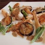 20754639 - '13.6.焼野菜とホタテ、黒オリーブソース¥650-