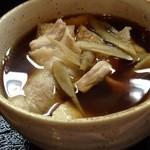 日炉勢 - 肉汁うどんのつけ汁