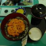 なぎさ食堂 - 2013年8月1日になぎさ食堂に行きました。バフン雲丹3000円