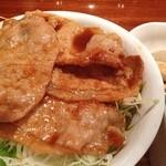 めのか - 豚ロース生姜焼き丼(自家製わらび餅つき) 680円