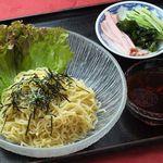 北京 - つけ麺 800円