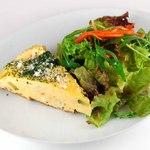 ビアンキカフェ&サイクルズ - ランチオプション 前菜+サラダ 350円