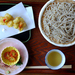 日野宿 ちばい - 塩味で食べる蕎麦+掻き揚げ(別注文)