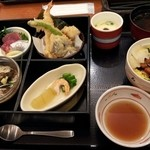 和食さと - 【2013年7月来店時撮影】全員注文は【さとの四季めぐり膳】で。