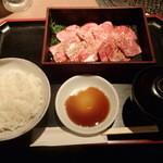 肉家焼肉ゑびす本廛 - カルビ定食 980円