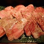 肉家焼肉ゑびす本廛 - 常陸牛