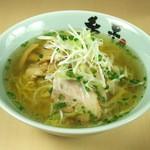 糸末 - 麺はどの味にも中太ちぢれ麺を使用。スープとからむプリっとした麺はこれぞ札幌ラーメン♪