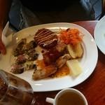 ビストロ ラフ - お肉とお魚のミックスランチ(1400円)