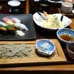 20781943 - 1,680円のランチ 寿司、天麩羅、そば