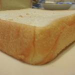 食パン工房 - もちもち