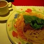 柿乃木カフェレストラン - ミートソース+コンソメスープ