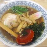 大宝 - 料理写真:醤油ラーメン500円(2013.8月)