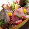 海鮮居酒屋さんせん - 料理写真:小田原の魚をボリュームいっぱいに盛り合わせた『ガッツリ盛り』