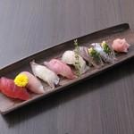 海鮮居酒屋さんせん - 『旬の寿司盛合せ』