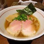 麺と心 7 - 清湯(醤油)