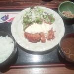 福の花 - 鶏もも1枚肉タルタルチキン南蛮¥800