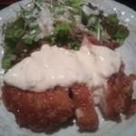 福の花 - チキン南蛮は鶏もも1枚肉で具材の少ないタルタルソースがけ