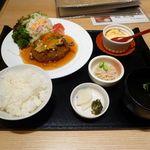 20807181 - 豆腐ハンバーグ定食? ¥980