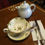 珈琲茶館 集 - 紅茶(ダージリン)をいただきました