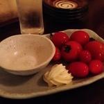 スタンディング・バー よりみちや - 冷トマト(300円)