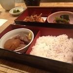 お座敷フレンチ ラ カシェット - おでん&かき揚げ。米は美味い米だった。