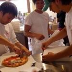 ピッツェリアGG - 本格的薪窯ナポリピッツァイタリアン NAPOLIと同じ味・価格・スタイルで! ピッツェリア ジージー(Pizzeria GG) 鎌倉市由比ガ浜2-9-62 0467-33-5286
