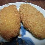 肉のコバ - コーンコロッケとクリームコロッケ