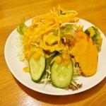 インドカレー料理ナマステグル - ≪レディースセット1200円≫サラダ
