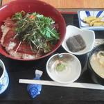 新勝丸 - マグロ漬け丼¥500