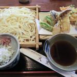 手打うどん 大室 - 料理写真:2013-08-21_松天ぷら+うどん(1100円)