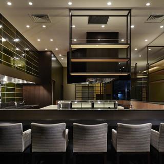 日本料理とお酒を、肩肘張らずに楽しむためのお店です。