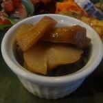 花・ふらんす食堂やまもと - 帆立の軽いスモークとキノコのマリネサラダ