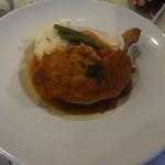 花・ふらんす食堂やまもと - 骨付き若鶏モモ肉の柔らかロースト レモンとマスタードで