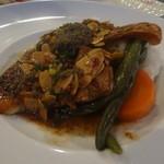 花・ふらんす食堂やまもと - 真鯛のソテー シェリーヴィネガー風味の焦がしバターソース