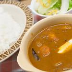 紅屋 - チキン+野菜カレー 中辛