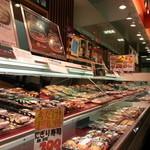 お弁当のヒライ - 寿司も販売してます。
