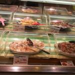 お弁当のヒライ - 人気の惣菜です。