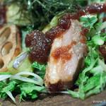 板蕎麦 香り家 - 合鴨と焼き蓮根のサラダ