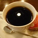 カフェパスト - ブレンドコーヒーとロータスのビスケット