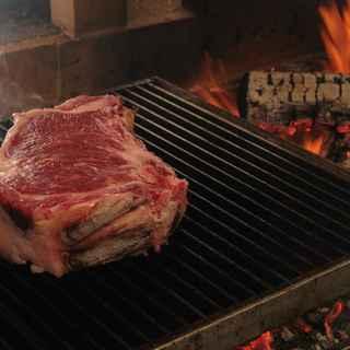 ヴァッカロッサ - 料理写真:薪の熾火焼き